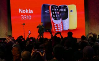 20170226 nokia 3310 reaction 100710586 large 3 320x200 - HMD's new Nokia 3310 turns back the clock — and turns heads