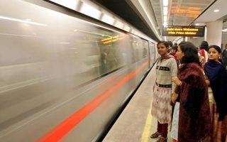 delhi metro smart cards 320x200 - Delhi Metro Smart Cards Will be Non-refundable From April 1