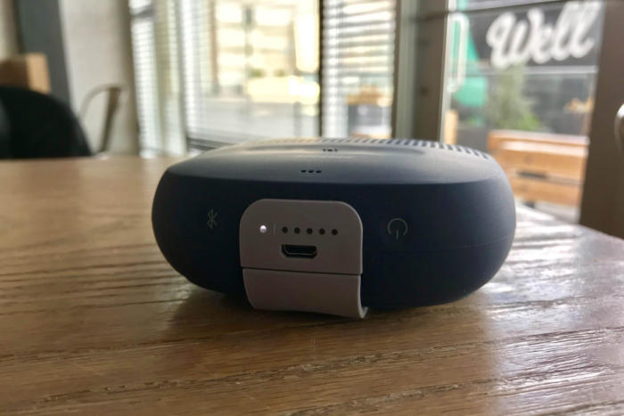 bose soundlink micro front