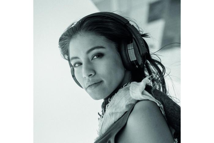 Focal Listen Wireless are over-the-ear headphones.