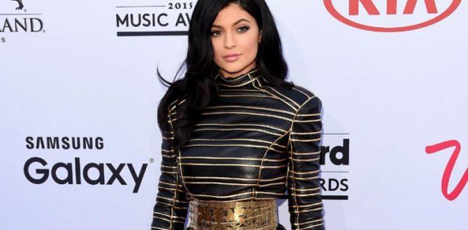 kylie jenner 670x330 - Snapchat Loses $1.3 Billion in Market Value Post Kylie Jenner's Tweet