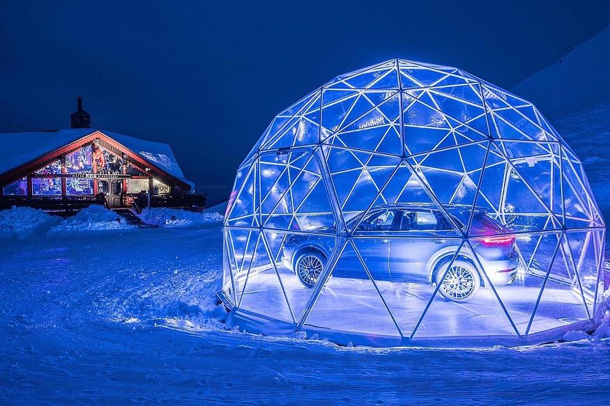 Porsche Cayenne Pop Up Store in French Alps. (Images: Porsche)